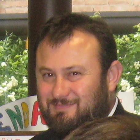 padre Florin Chereches della comunità ortodossa