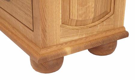Custom Valencia Nightstand with Doors, Natural Quarter Sawn Oak, Base Detail Closeup