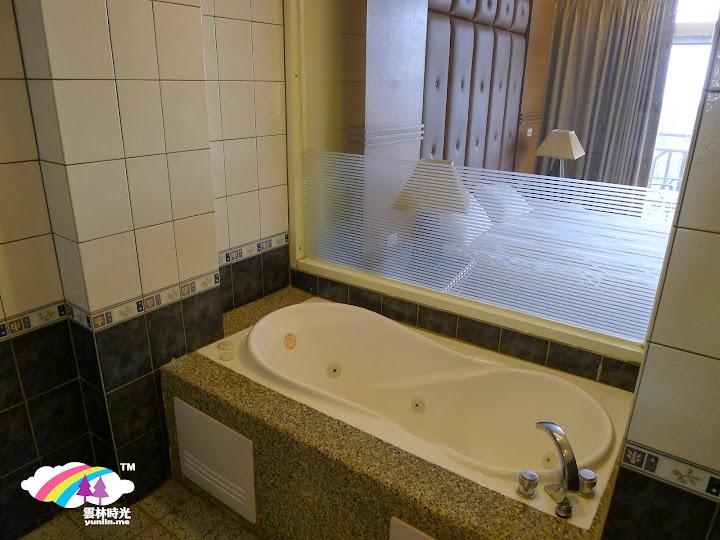 乾淨蜜月房浴室