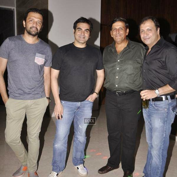 Atul Kasbekar  with Arbaaz Khan and others during the Aqbab club launch at Lower Parel, Mumbai. (Pic: Viral Bhayani)