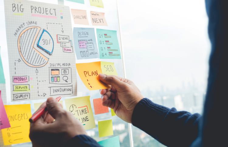 Bạn nên đầu tư vào những chiến lược tiếp thị nào cho doanh nghiệp nhỏ?  Chúng tôi hướng dẫn bạn qua 15.