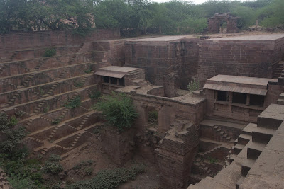Baori casi abandonado de Osiyan, India