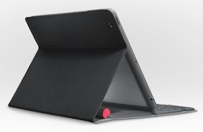 Logitech Solar Keyboard Folio 背面
