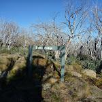 Signpost at Bobs Ridge (281030)