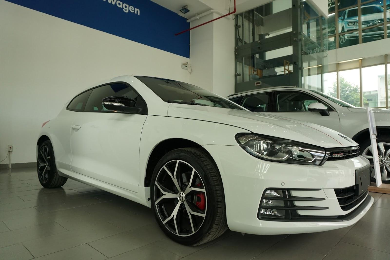 Volkswagen Scirocco GTS là hàng cực hiếm tại Việt Nam, giá vào khoảng hơn 1,4 tỷ đồng