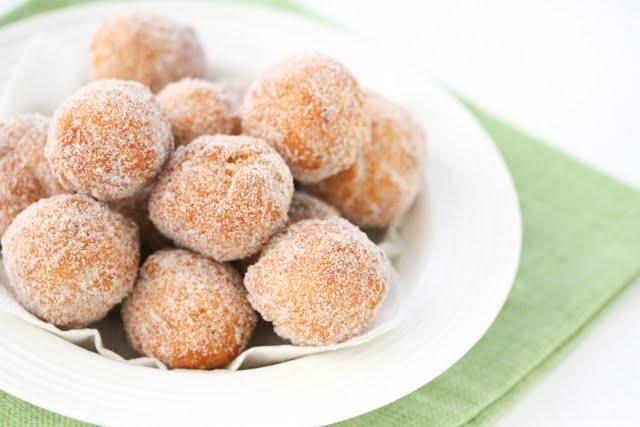 close-up photo of donut holes