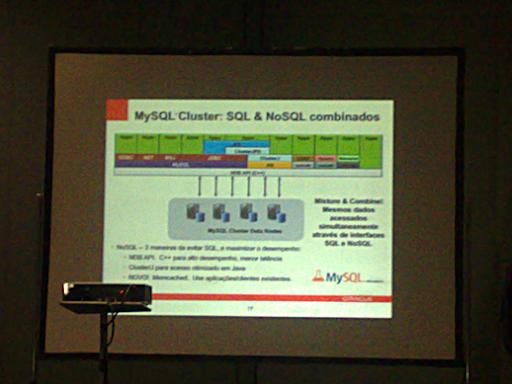 #FISL 12: novidades do #MySQL 5.5 e 5.6 3