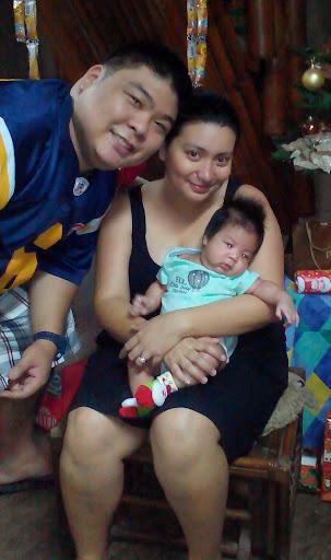 Carlina Uy and family