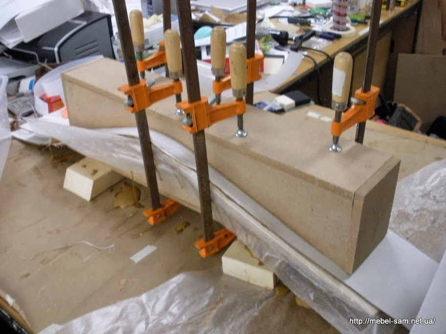 Матрица для изготовления одной из деталей каркаса кресла
