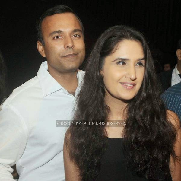 Anil Lepps and Monisha Bajaj at fashion designer Anju Modi's show, held in New Delhi.