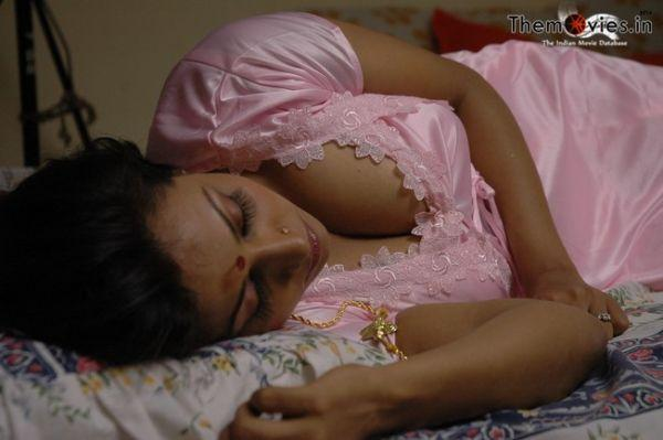 Drogam Nadanthathu Enna Movie Hot Stills indianudesi.com
