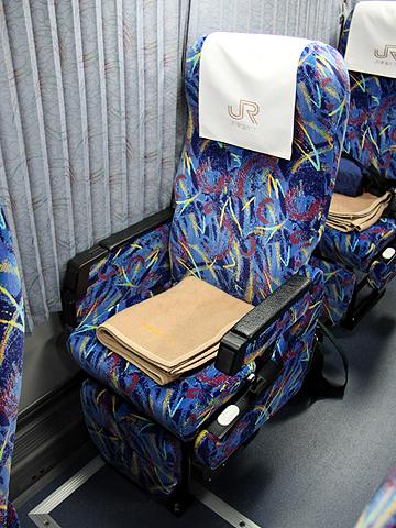 JR東海バス「北陸ドリーム名古屋号」 744-08955 シート