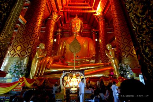 majestic statue of Buddha near Ayutthaya