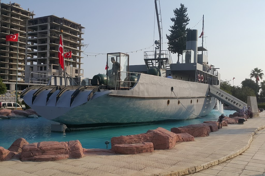 Nusret Mayın Gemisi Kültür Parkı