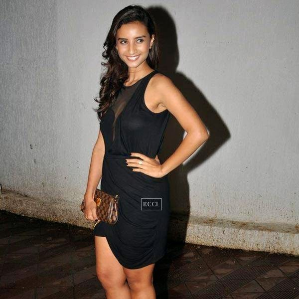 Patralekha strikes a pose as she arrives for the wrap-party of Bollywood movie Mary Kom, held at Sanjay Leela Bhansali's residence on July 26, 2014.(Pic: Viral Bhayani)
