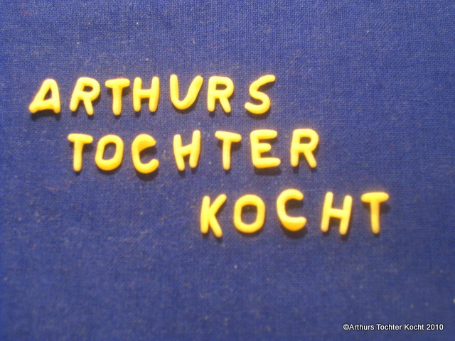 Buchstabensuppe mit Grießnocken | Arthurs Tochter kocht. von Astrid Paul. Der Blog für food, wine, travel & love