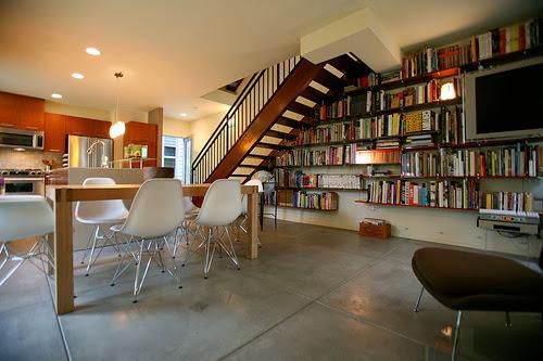 本に囲まれて生活するために美しい本棚のインテリアに学ぶ その1