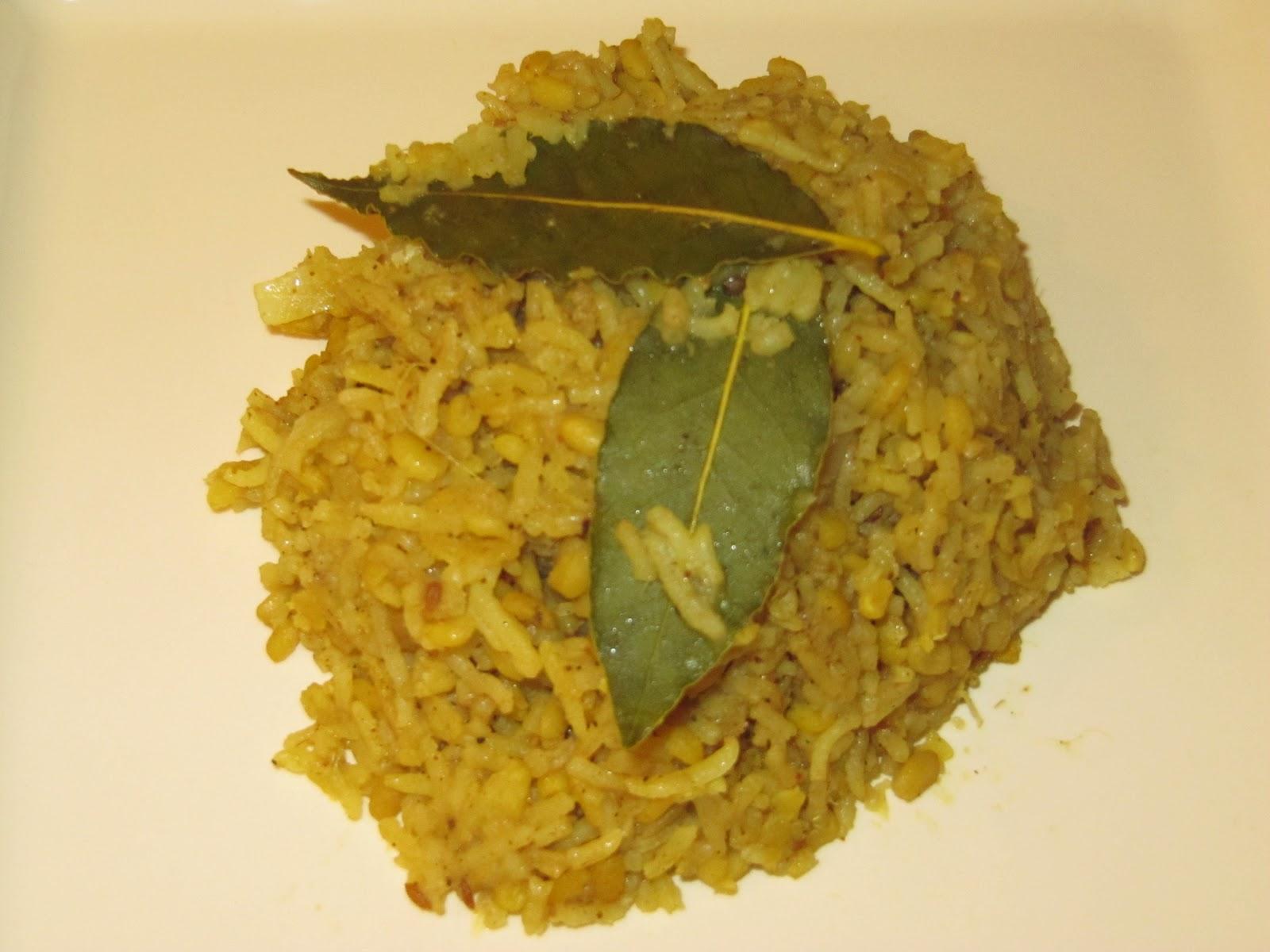 how to make plain rice khichdi
