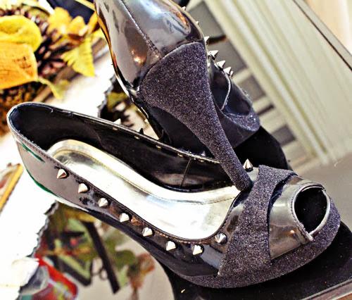 customização de sapatos com spikes