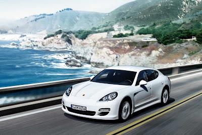 Porsche_Panamera_Diesel_2012_1920x1280_Front_Angle_03