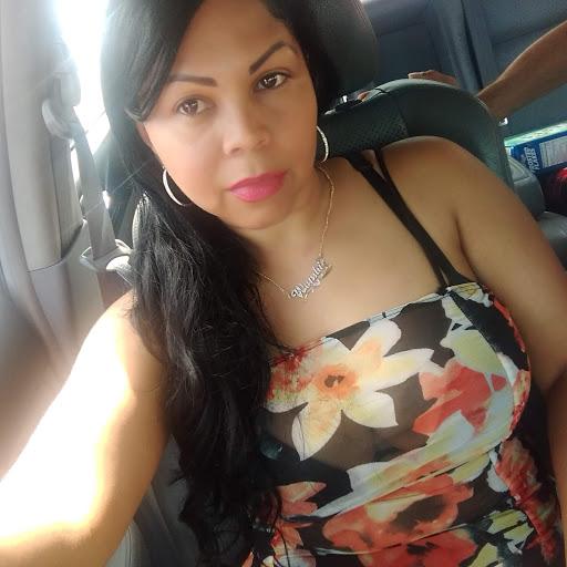 Wanda Cepeda Photo 7