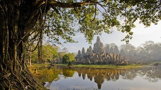 Angkor Thom, Cambodia.jpg