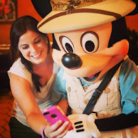 Selfie with Mickey Mouse_dinglehopper.net