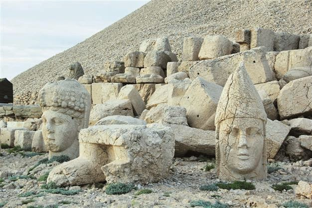 Near East: Panoramic museum planned for Nemrut sculptures