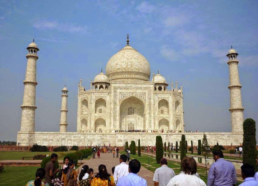 India: Carbon soot particles, dust blamed for discoloring India's Taj Mahal