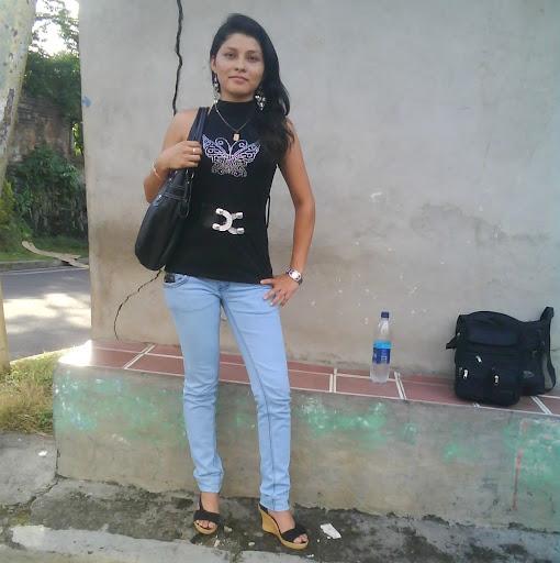 Maria Guardado Photo 8