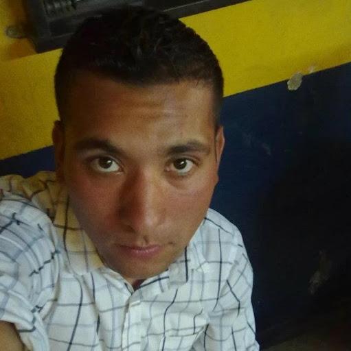 Carlos Cabello Photo 30