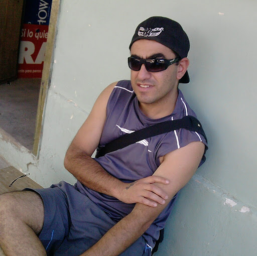 Carlos Cabello Photo 35