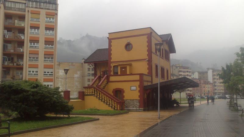 Antigua estación del Vasco