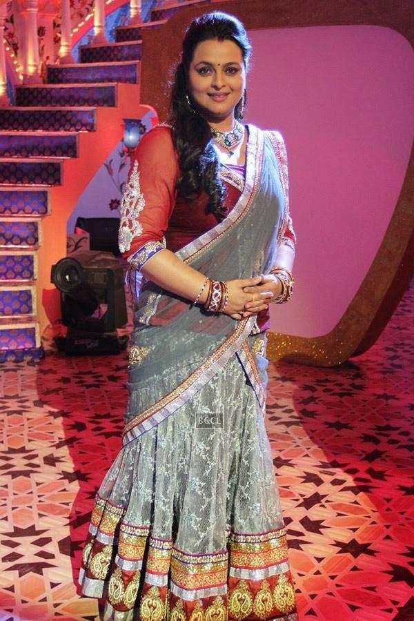 Shilpa Shirodkar during Zee TV's Eid special show, Dawaat-E-Eid. (Pic: Viral Bhayani)