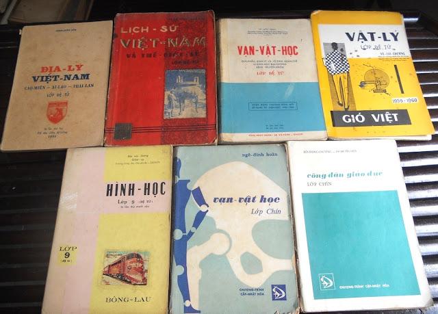 Sách giáo khoa tiểu học cũ - nơi lưu giữ từng trang ký ức DSCN2796