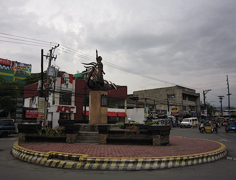 monument to Corazon Aquino in Tarlac City