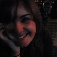 Rhiannon Ward's avatar
