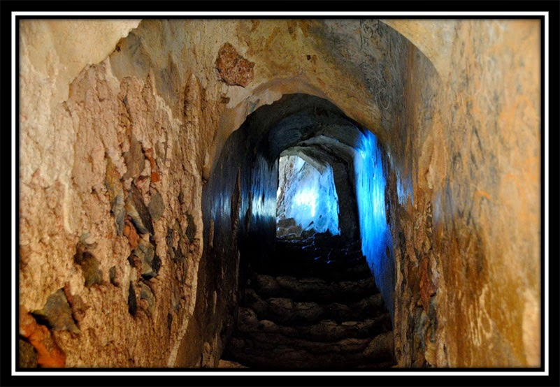 Stairs leading to the top of Nagpuri Gate - New Palamu Fort