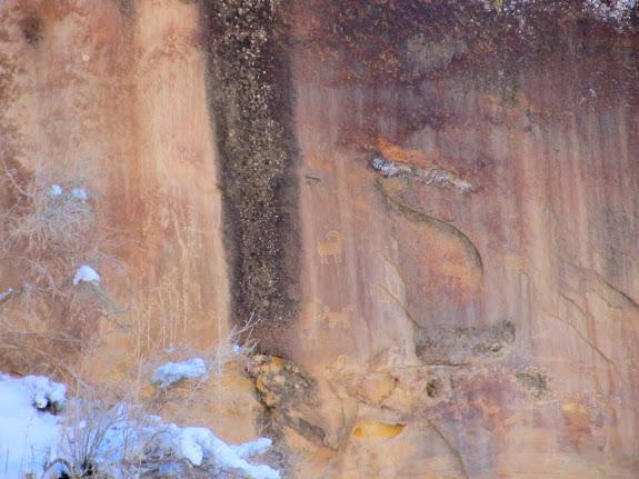 Petroglyphs near the Big Buffalo