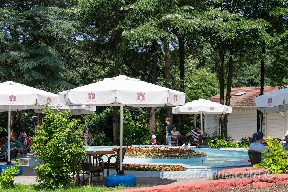 Termal Kaplıcalarındaki cafe
