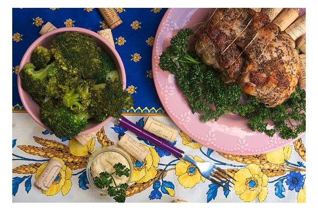 Wielkanocna pieczeń z warzywami na parze
