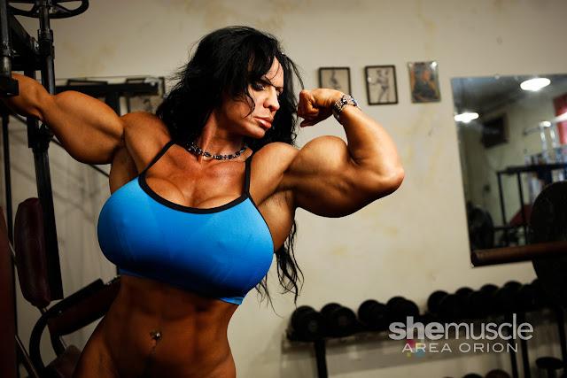 RhondaLee Quaresma muscle morph