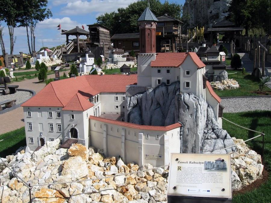 Zamek Rabsztyn - makieta z Parku Ogrodzieniec