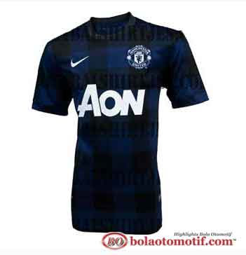 Jersey terbaru Manchester United 2013/2014