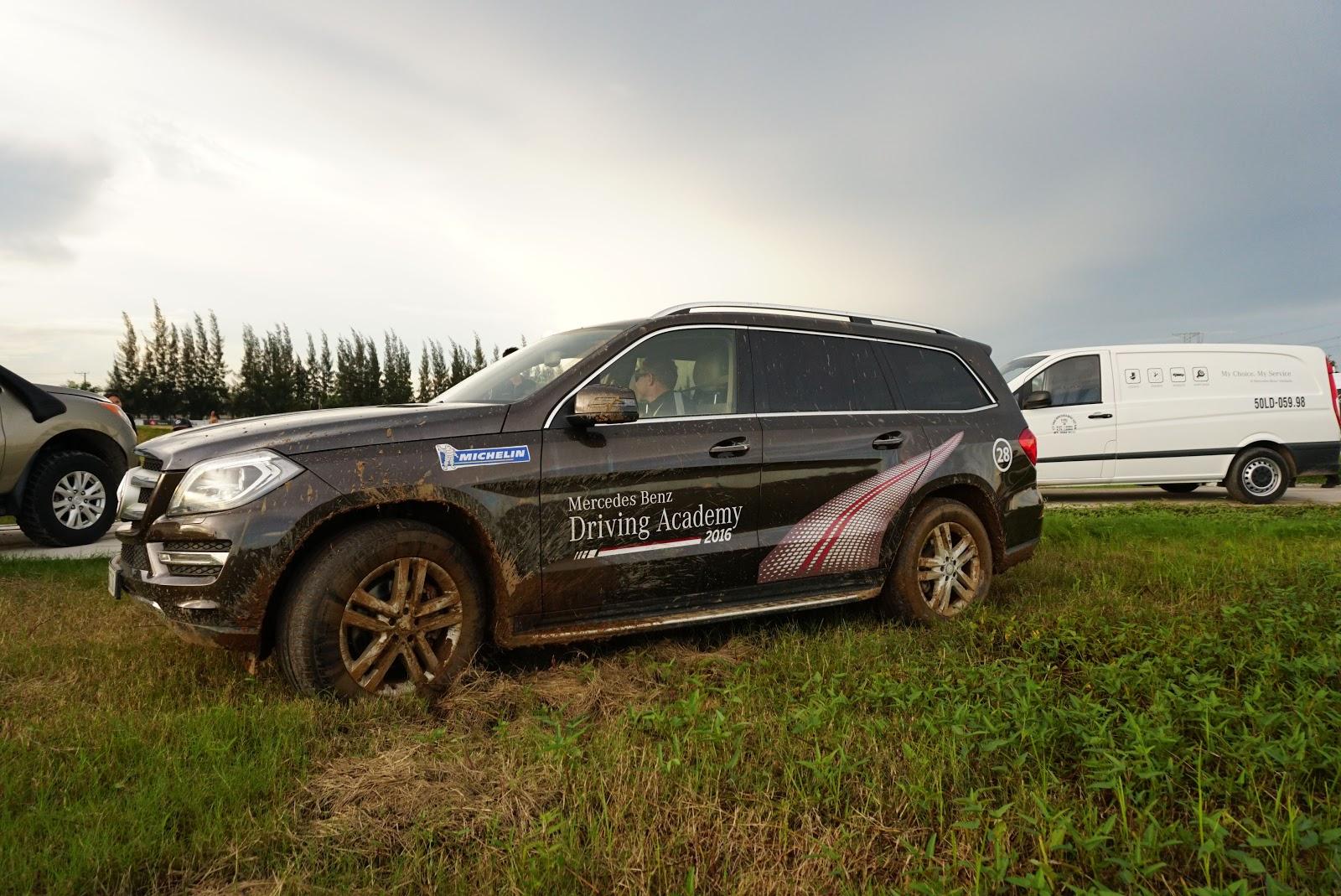Trổ tài offroad 'nhẹ' cùng các dòng SUV của Mercedes Benz