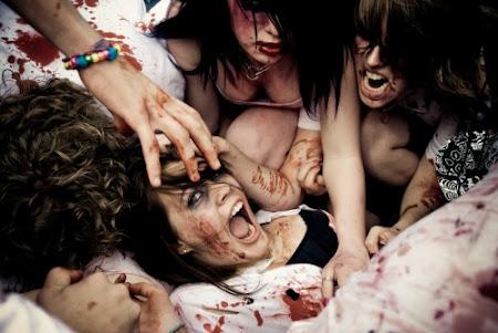Ataque de meninas zumbis