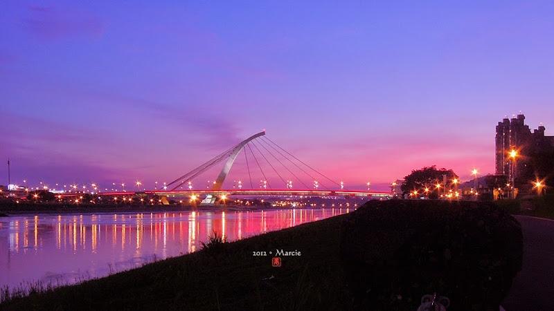 台北 美堤河濱公園 大直橋 夜景 攝