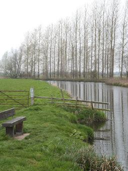 The river Waveney at Geldeston Locks