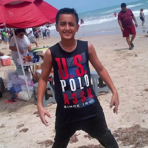 Ever Mendoza Photo 19