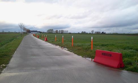 Parc Eolien Leuze-en-Hainaut & Beloeil 2012-04-23%2B20.41.09.jpg